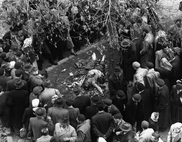 После линчевания. Будапешт, октябрь 1956 года.